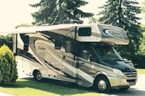 luxury-camper-mercedes-sprinter-solera