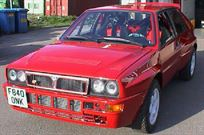 1989-lancia-delta-integrale-rally-car