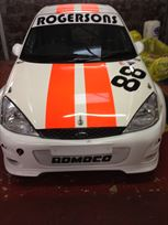 ford-focus-saloon-race-car-2000