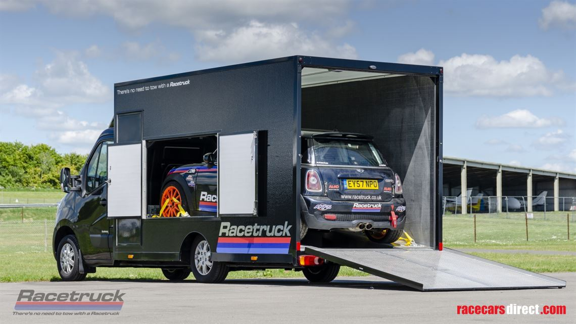 racetruck---race-car-transporter