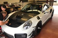 porsche-911-gt2-rs-clubsport-brand-new