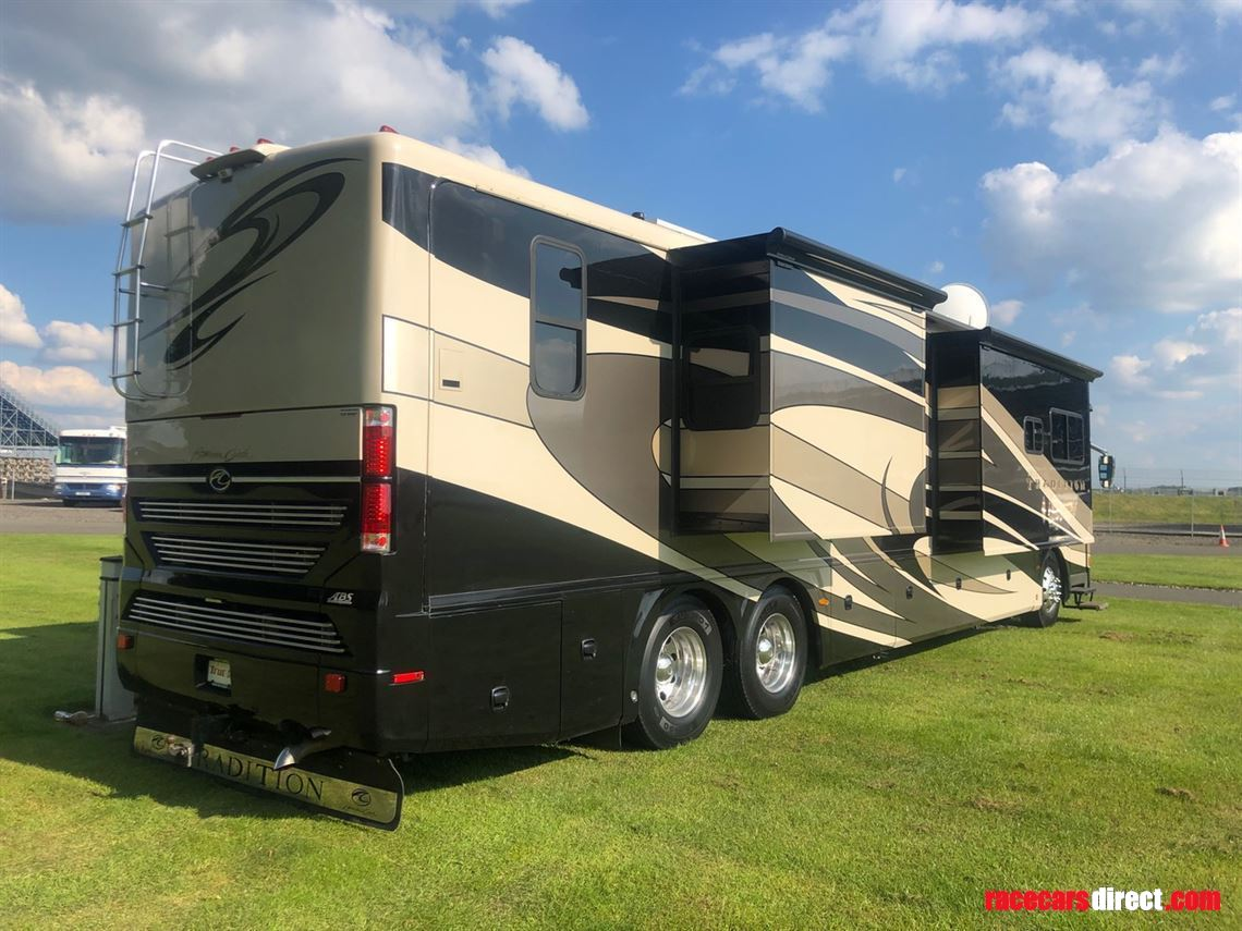 american-tradition-rv-available-for-hire-or-s