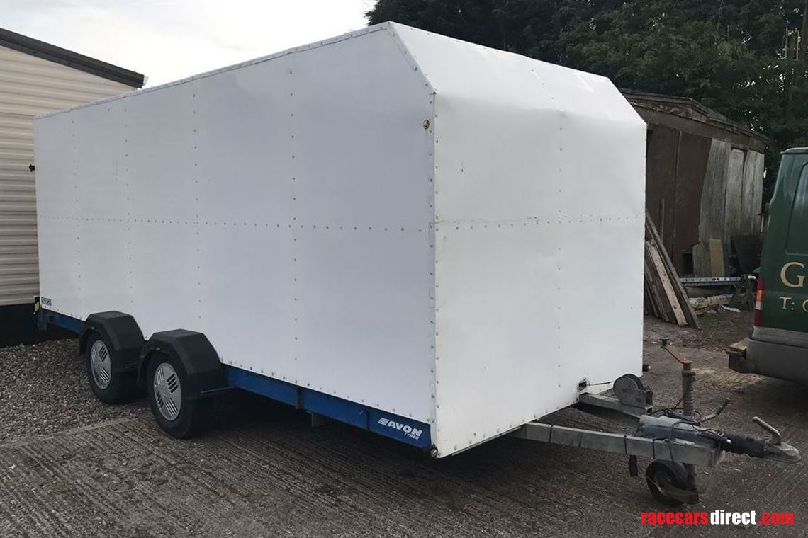 box-trailer-with-storage-racking