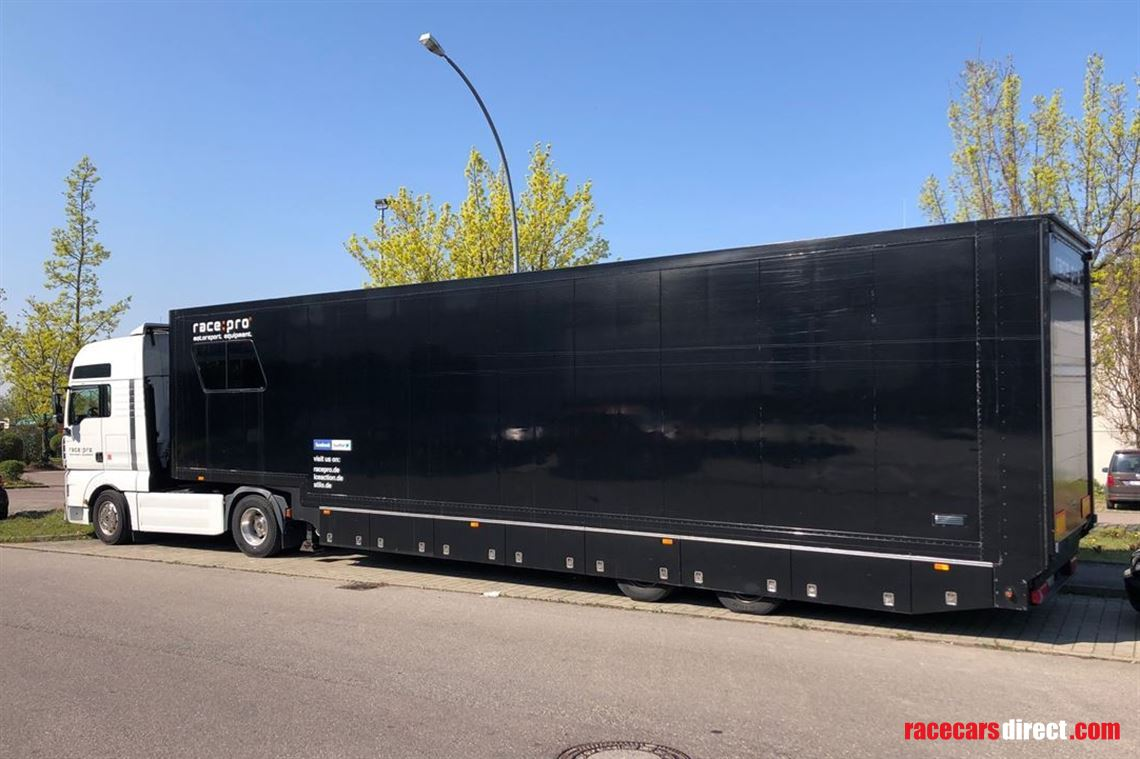 miele-racetrailer-with-man-tractor-unit