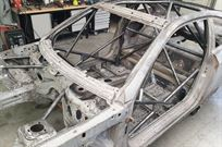 bmw-m3-e93-body-with-rollcage
