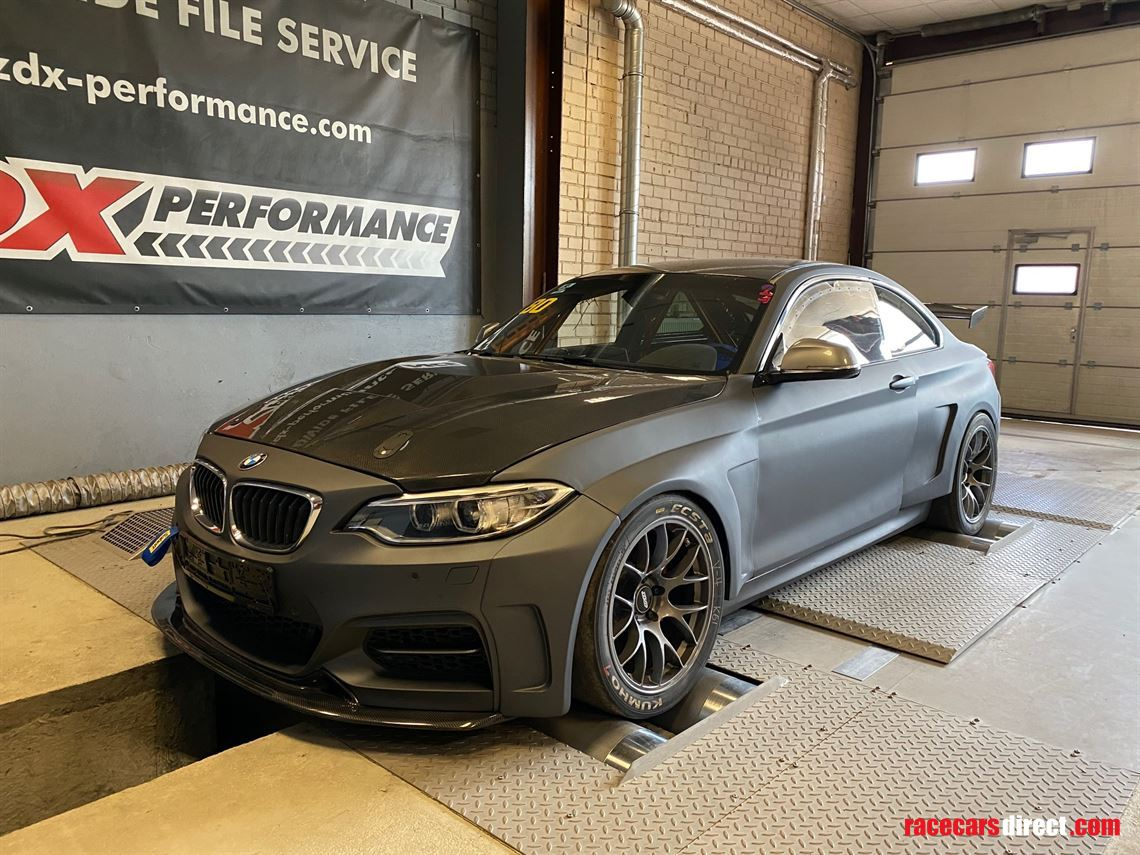 bmw-m235i-m4competition-engine-dctrace-car
