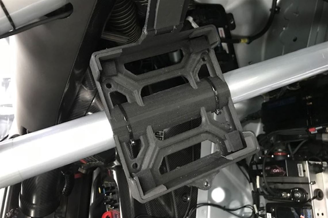 CAGE MOUNT OR FLAT MOUNT