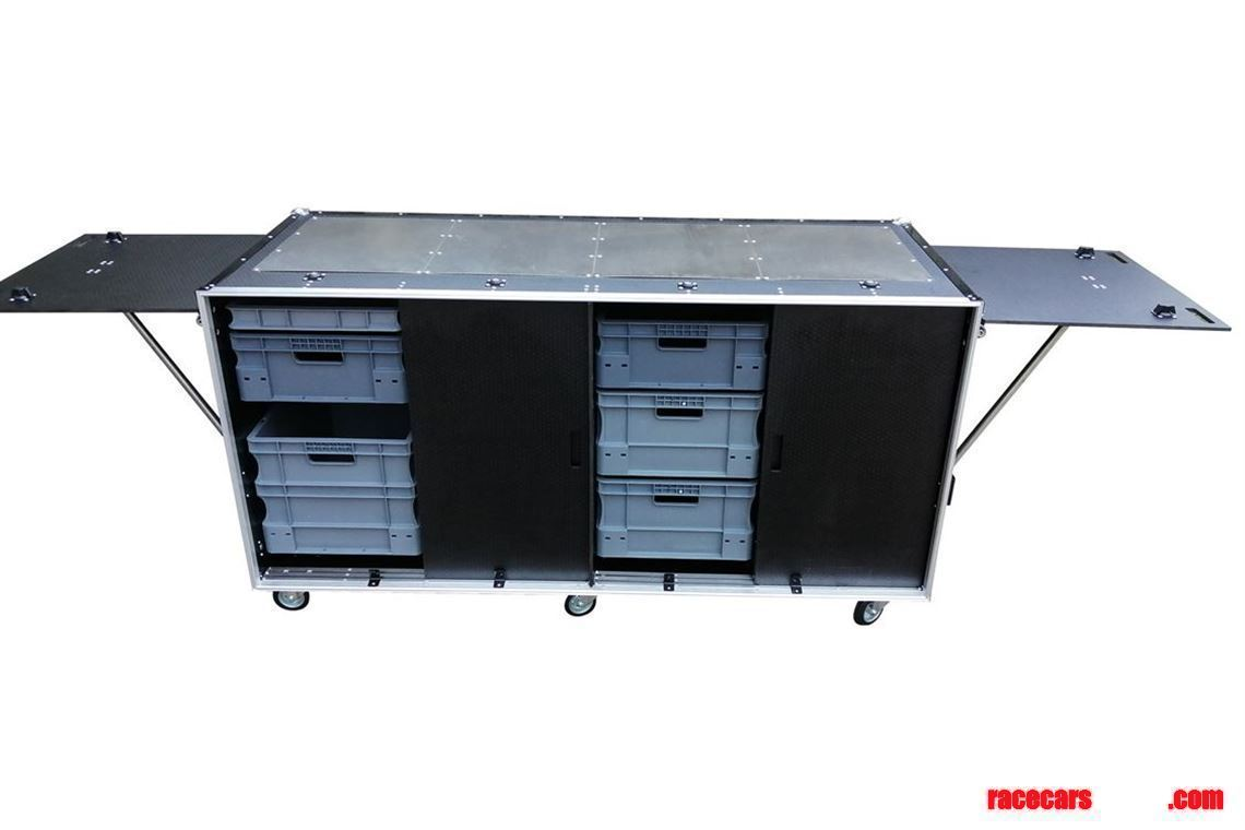 new-trailer-flight-case-cabinet-with-fold-out