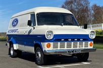 vintage-ford-transit-twin-wheeler-race-servic