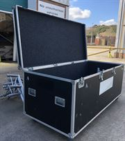 lighting-gantry-and-flight-case