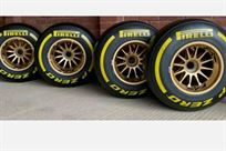 red-bull-renault-williams-f1-oz-wheels