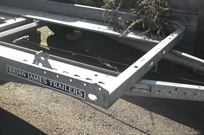 wanted---brian-james-trailer-tyre-rack