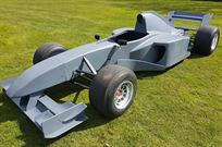 f1-full-size-show-car