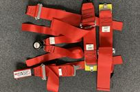 seat-belt-for-gt-or-touring-car