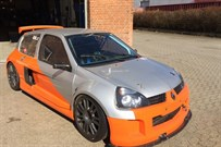 renault-clio-trophy-v6-with-sequential-gear-b