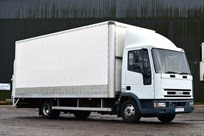 iveco-7-12-tonne-race-truck-with-awning-floor
