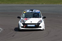 clio-cup-race-car-no-457-rally-car-r3-spec