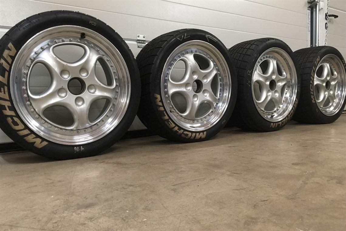 Racecarsdirect Com Two Porsche Speedline 993 Cup Wheels