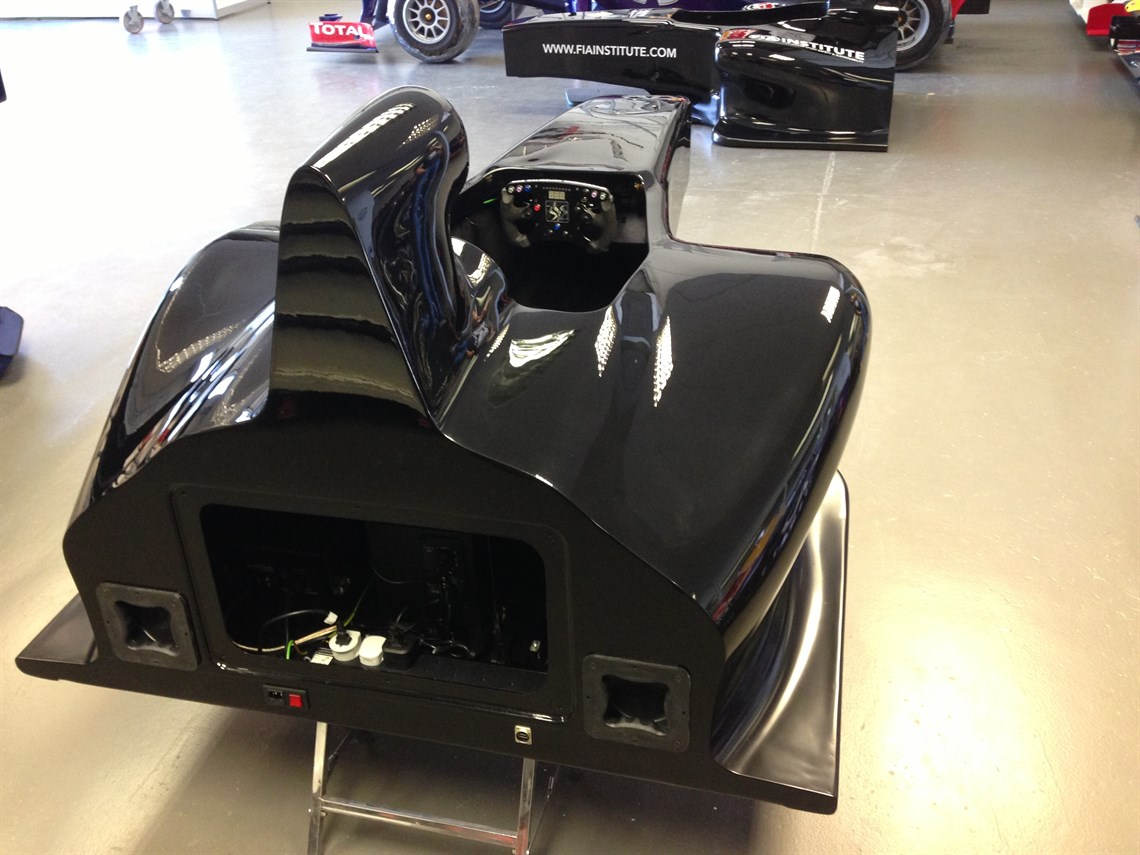 Racecarsdirect Com F1 Monocoque Simulator Only