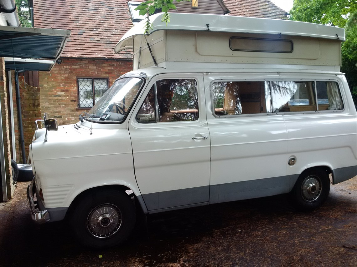 1977-ford-transit-mk1-camper-with-tow-bar