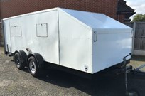 brian-james-4-wheel-covered-trailer
