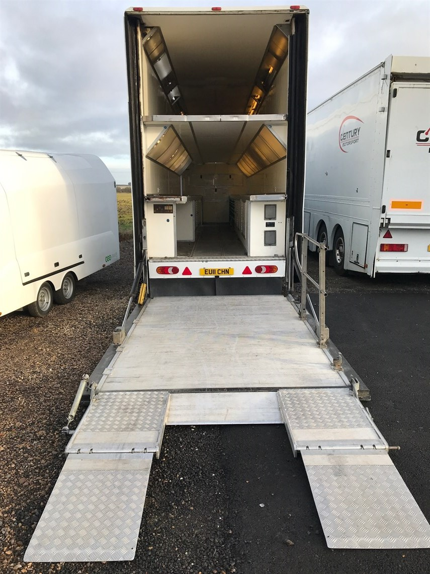 wilson-stepframe-race-trailer-for-sale