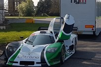 race-teamengineerstaffequipment-available-for