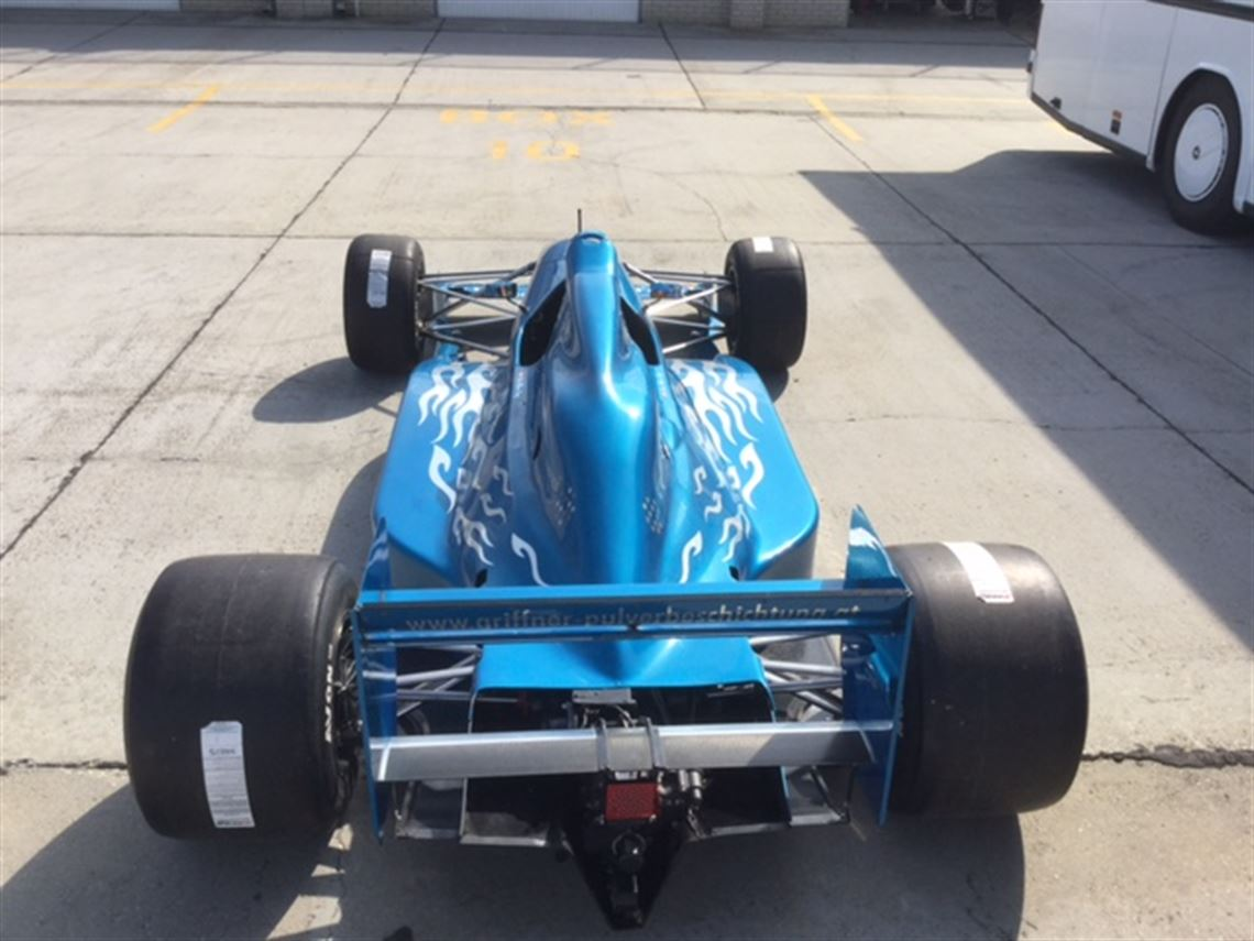 must-be-sold-lola-f3000-t9250-best-offer-9000