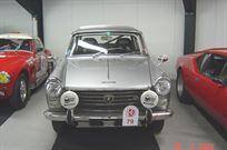 peugeot-404-prepared-for-long-distance-rallye