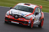 race-winning-gen-4-renault-uk-clio-cup-car-la