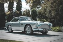 1960-aston-martin-db4-series-1-lhd