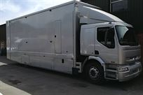 18-ton-renault-premium-race-truck-with-awning
